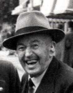 Opa Klaas Mantel in 1956  84 jr