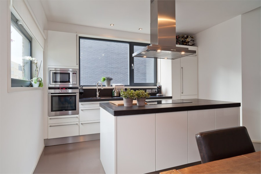 Huis te koop op steigereiland ijburg amsterdam mantelpower for Ouderwetse keuken te koop