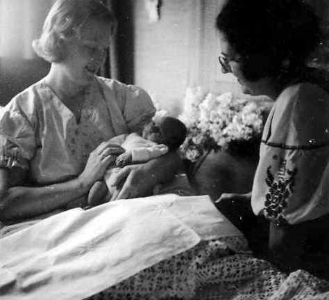 1938 4 maart Tante Maatje was baker-kraamvrouw bij geboorte Eddie