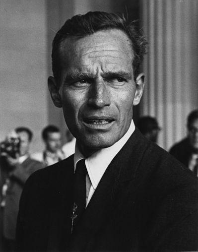 399px-Charlton_Heston_Civil_Rights_March_1963