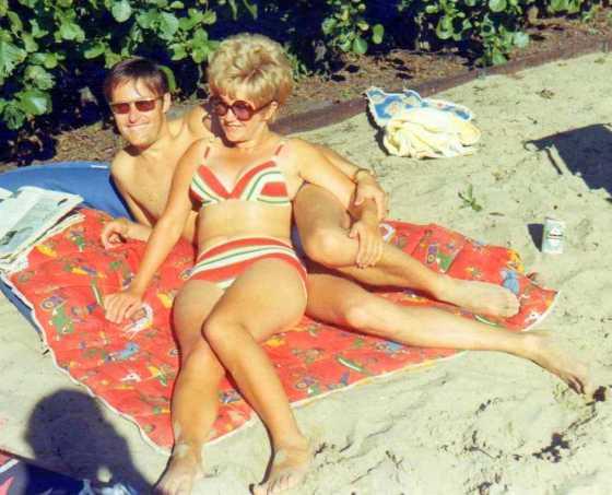 1970 Nico en Lientje op 't eiland