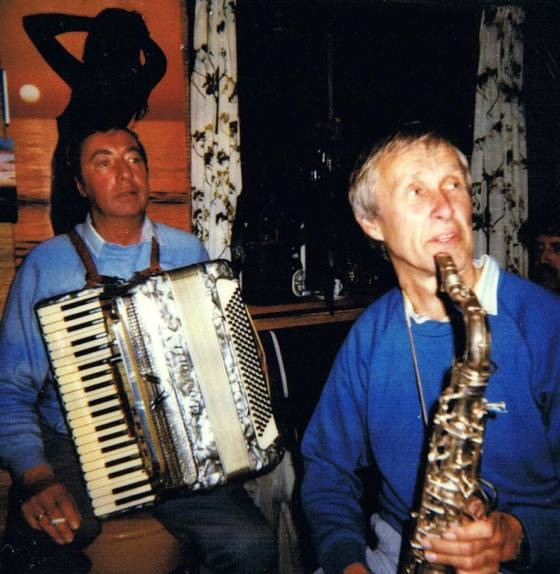 1983 Ab sax en Flip Accordeon.jpg